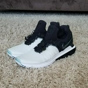 Nike Shox Gravity Running Shoes